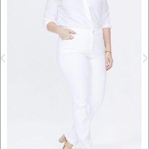 NYDJ 18W Marilyn Optic White Straight Leg Jean